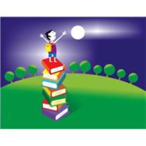Junge auf Bücherstapel